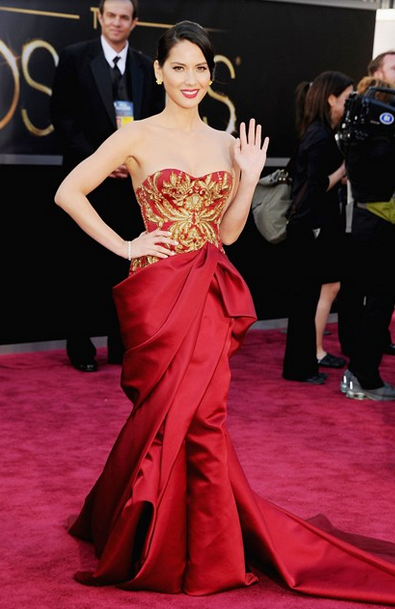 olivia munn marchesa red and gold dress