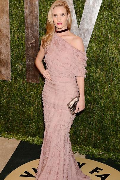 Vanity Fair party - Rosie Huntington-Whitely valentino dress